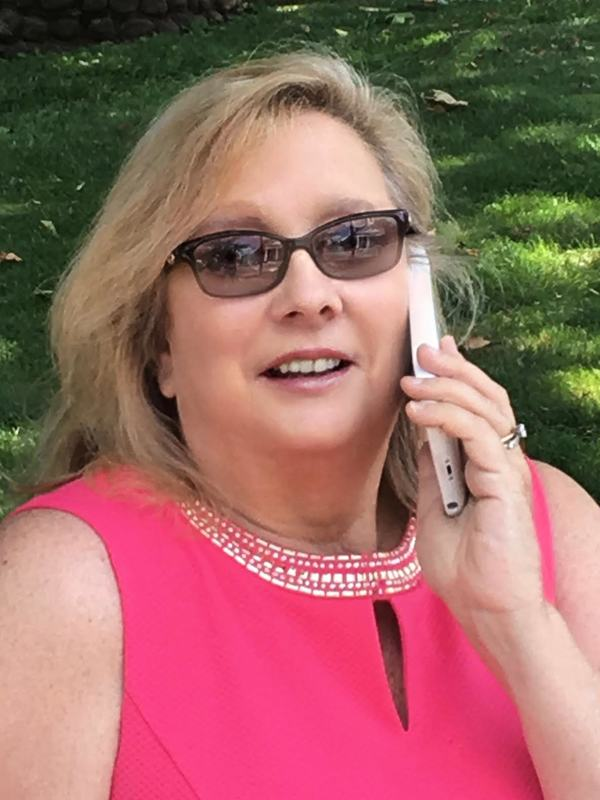 Photo of Realtor Marie Young
